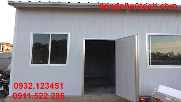 Lắp đặt cửa sổ và cửa chính (bằng tấm panel EPS)